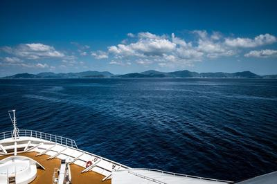 cruise-3991937_1920.jpg